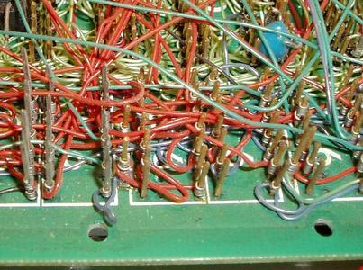 Computerplatine_Wire-wrap_backplane_detail_Z80_Doppel-Europa-Format_1977_(close_up)